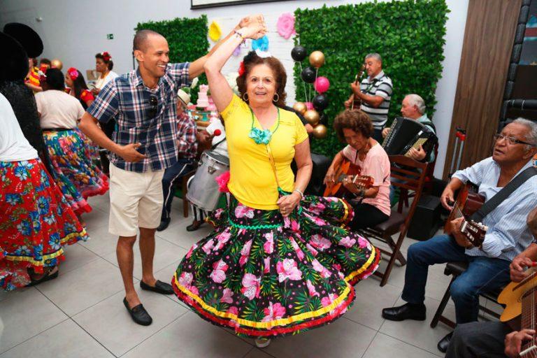 buffet-para-eventos-beneficientes-em-sp-baile-terceira-idade